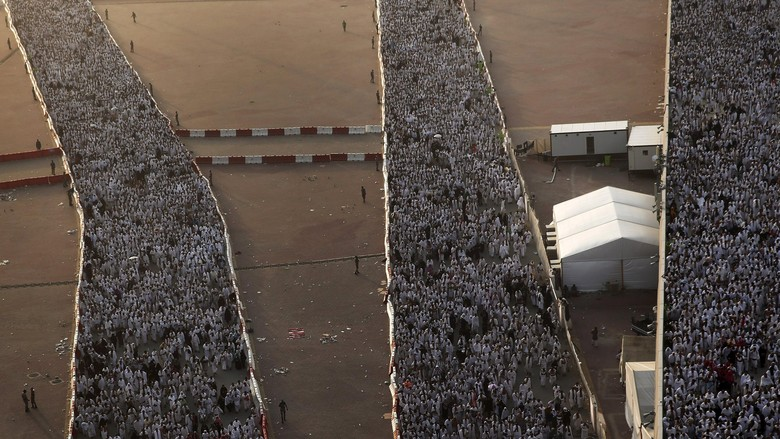 Saksi Mata: Askar Belokkan Jemaah Haji Indonesia ke 204