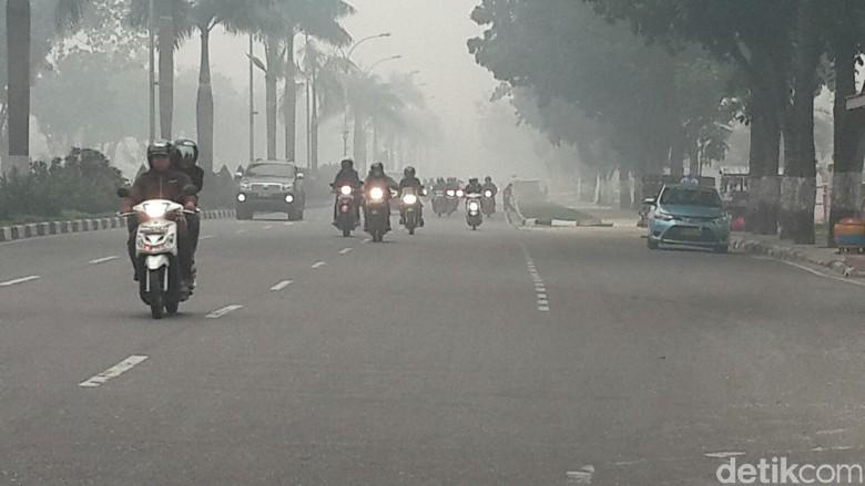 BPBD Riau Sebut Asap Makin Pekat karena Kiriman dari Sumsel