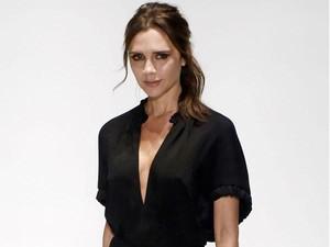 Victoria Beckham Akan Rilis Koleksi Busana dengan Harga Murah