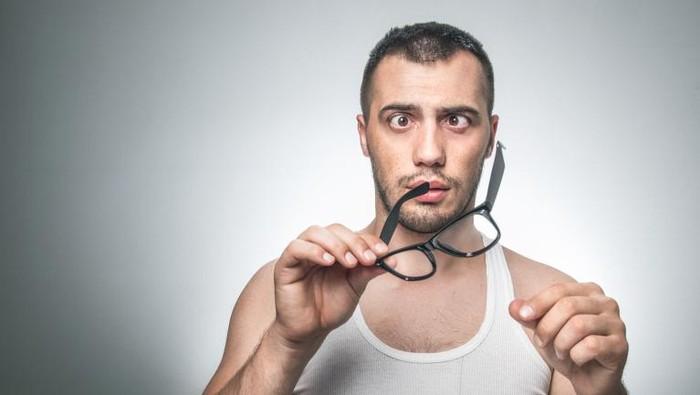 Menjulingkan mata terus bisa bikin beneran juling, mitos atau fakta ya? Foto: thinkstock
