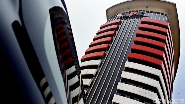 KPK akan segera memiliki gedung baru yang kini proses pembangunannya sudah masuk ke tahap akhir. Gedung KPK yang baru, sengaja dibangun dengan warna merah putih, sebagai simbol KPK milik Indonesia. Hasan Alhabshy