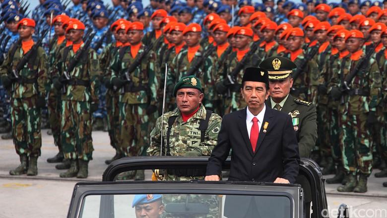 Presiden Jokowi Pantau Proses Evakuasi Korban Aviastar
