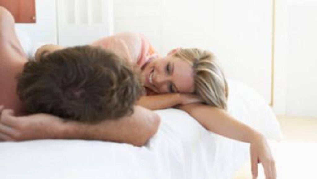 Seks di Pagi Hari Bikin Pasangan Cepat Hamil? Ini Kata Ahlinya