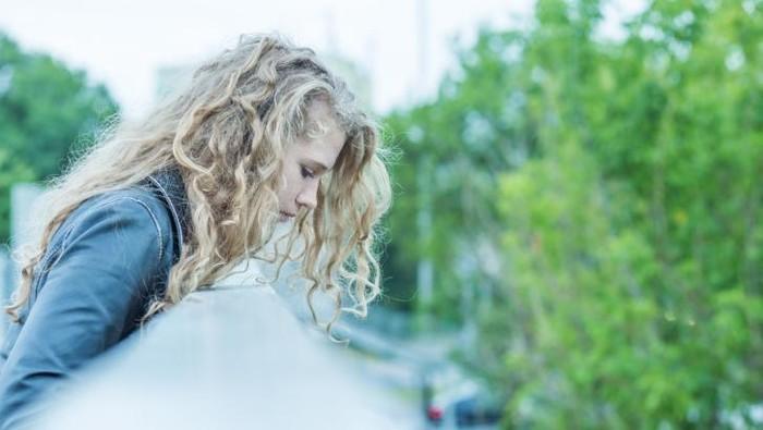 Depresi yang berlarut-larut bisa memicu keinginan untuk bunuh diri (Foto: thinkstock)