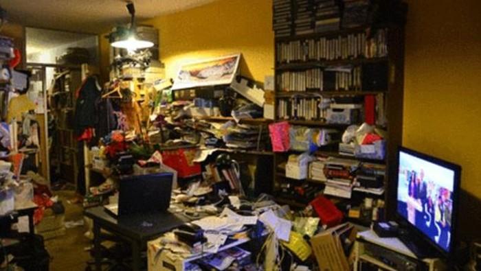 Foto kamar pengidap hoarding disorder