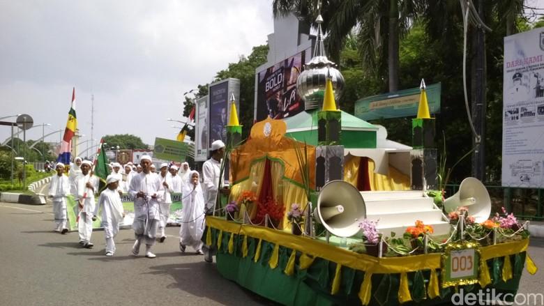 Tradisi 1 Muharram di berbagai daerah. Foto: Agus Setyadi/detikcom