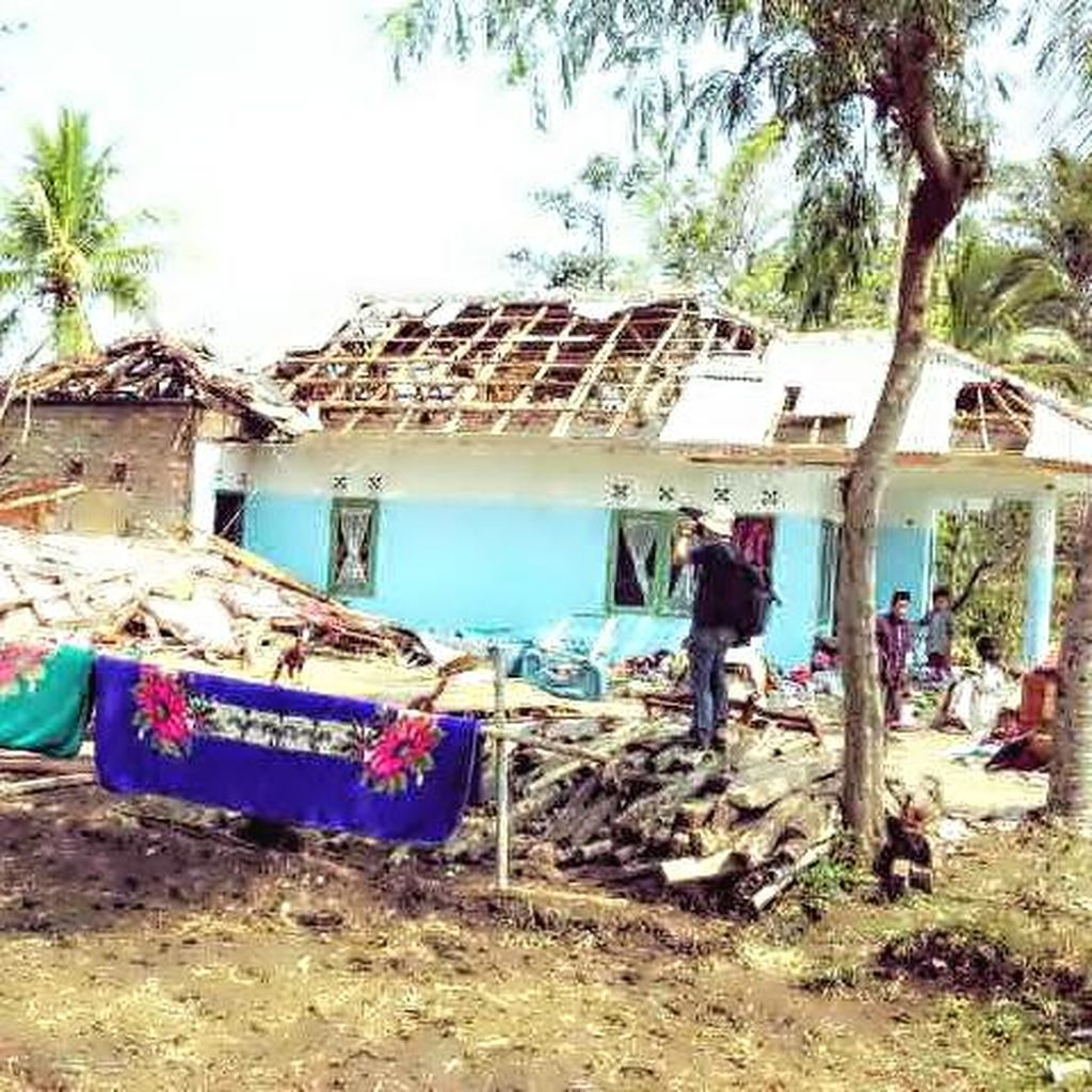 BPBD Cianjur Catat Ratusan Rumah Rusak Akibat Puting Beliung