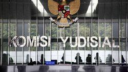 KY Akan Pantau Sidang Pengacara TW yang Sabet Hakim PN Jakpus