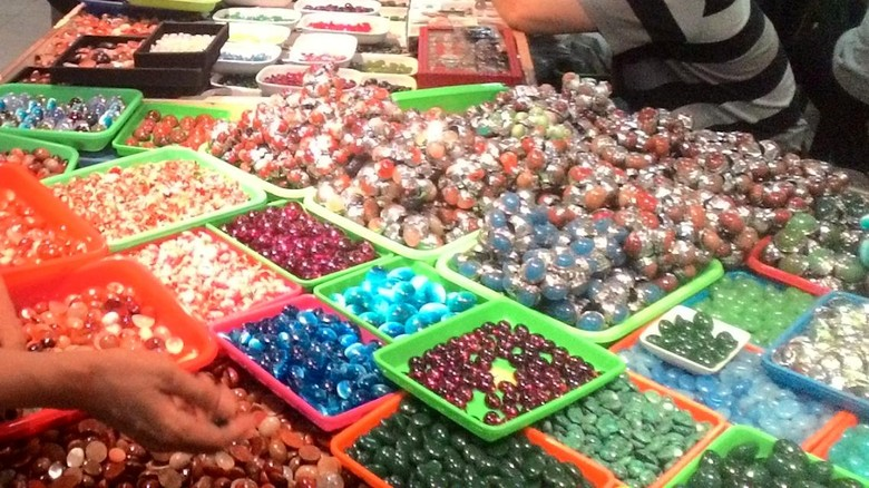 Pasar Batu Akik Menurun, Batu Ngejreng dari China Banjiri Pasaran
