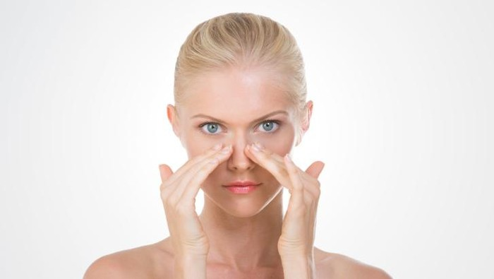 Mencabut bulu hidung membuatmu rentan pada gangguan pernapasan. (Foto: thinkstock)