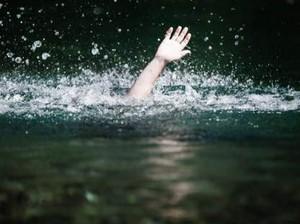 Terjatuh saat BAB, Anak dan Bapak Tewas Tenggelam di Sungai