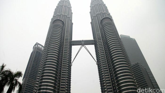 Menara Petronas Foto: Agung Pambudhy