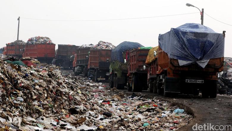 PKS: Apa Bukti Ahok Lebih Baik dari Anies Soal Sampah