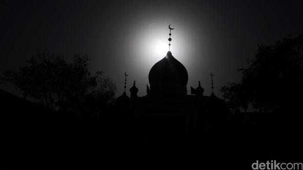 Masjid Baiturahman: Berdiri 1612, Dibakar Belanda, Jadi Ikon Aceh
