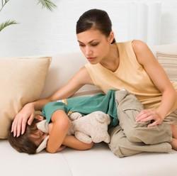 Ada Anak yang Cenderung Diam Saja Saat Sakit, Kenapa Ya?