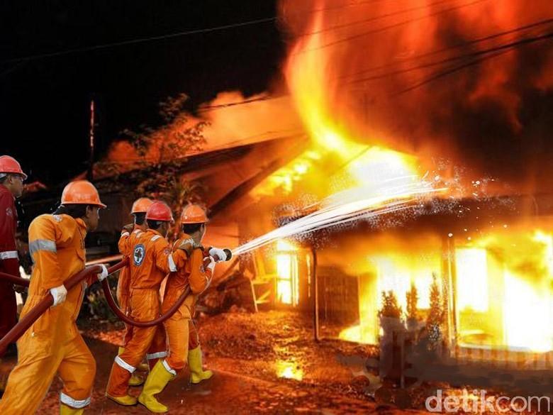 Kebakaran di Pasar Rawa Kalong Bekasi, 3 Unit Damkar Dikerahkan