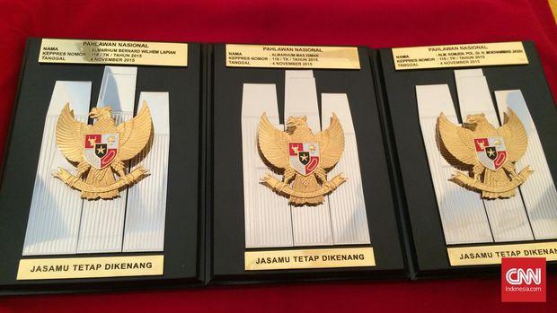 Jokowi Beri Gelar Enam Pahlawan Nasional Siang Ini
