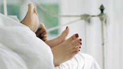 Manfaat Bercinta dengan Lampu Menyala, Lebih Intim dan Cegah Cedera