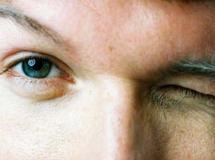 Mata seorang pria buta sebelah karena orgasme yang menggebu-gebu. Foto: thinkstock