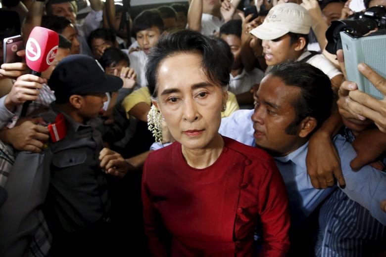 Petisi Cabut Nobel Perdamaian untuk Aung San Suu Kyi karena Rasis Soal Muslim