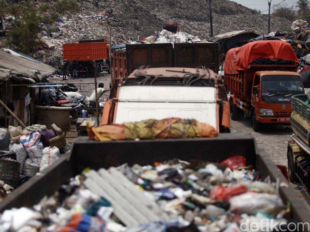 Truk Sampah Dicegat, Anies Ingin Jaga Hubungan Baik dengan Bekasi