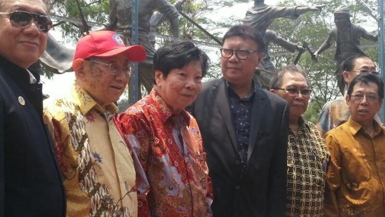 Mendagri Resmikan Monumen Perjuangan Laskar Tiongkok di TMII