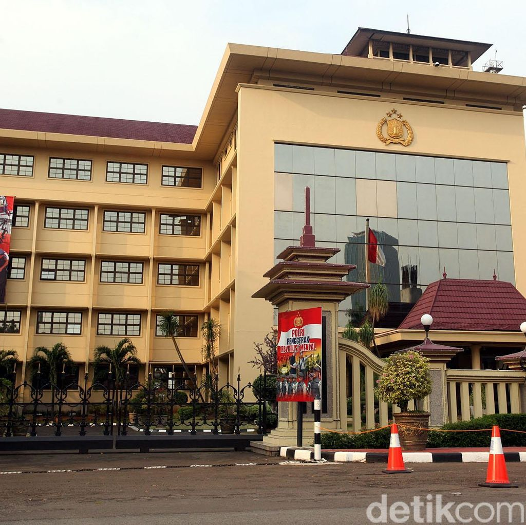 Diminta Ungkap Pemasang Bendera di Rumah Habib Rizieq, Ini Kata Polri
