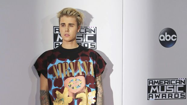 Justin Bieber absen di Grwammy Awards tahun ini.