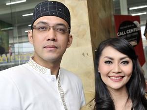 Sandy Tumiwa Siap Hadir di Pernikahan Tessa Kaunang Jika Diundang