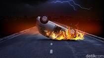 Mobil Sedan Terbakar di GBK, Lalin Ramai Lancar