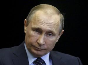 Putin Klaim Rusia Berhasil Kembangkan Vaksin Untuk Ebola