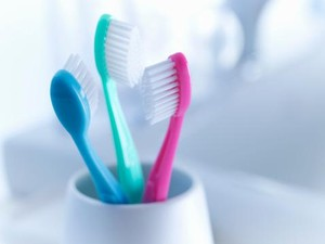 5 Cara Menyimpan Sikat Gigi Agar Tidak Jadi Sumber Penyebaran Kuman