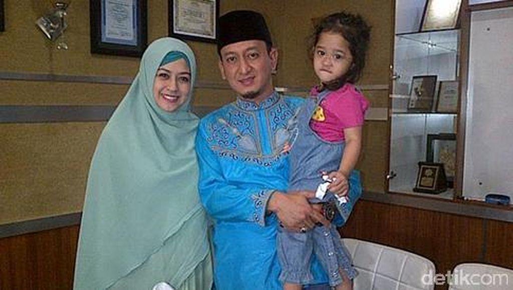 Ustaz Zacky Mirza dan Shinta Tanjung Tak Mau Umbar Kabar Rujuk