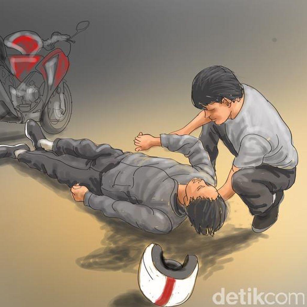 Pengendara Ojek Kecelakaan di Depan Polda Metro, Penumpang Luka-luka