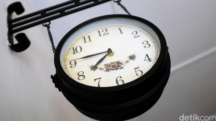 Jam gantung di dinding. dikhy sasra/ilustrasi/detikfoto