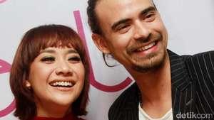 So Romantic... Rayakan Ultah Pernikahan, BCL dan Ashraf Intim di Bali