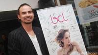 Ashraf juga dikenal sebagai suami yang sangat mendukung karier BCL di dunia hiburan Tanah Air. Dok. detikHOT