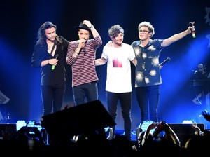 Promotor Unggah Foto One Direction, Netizen Baper