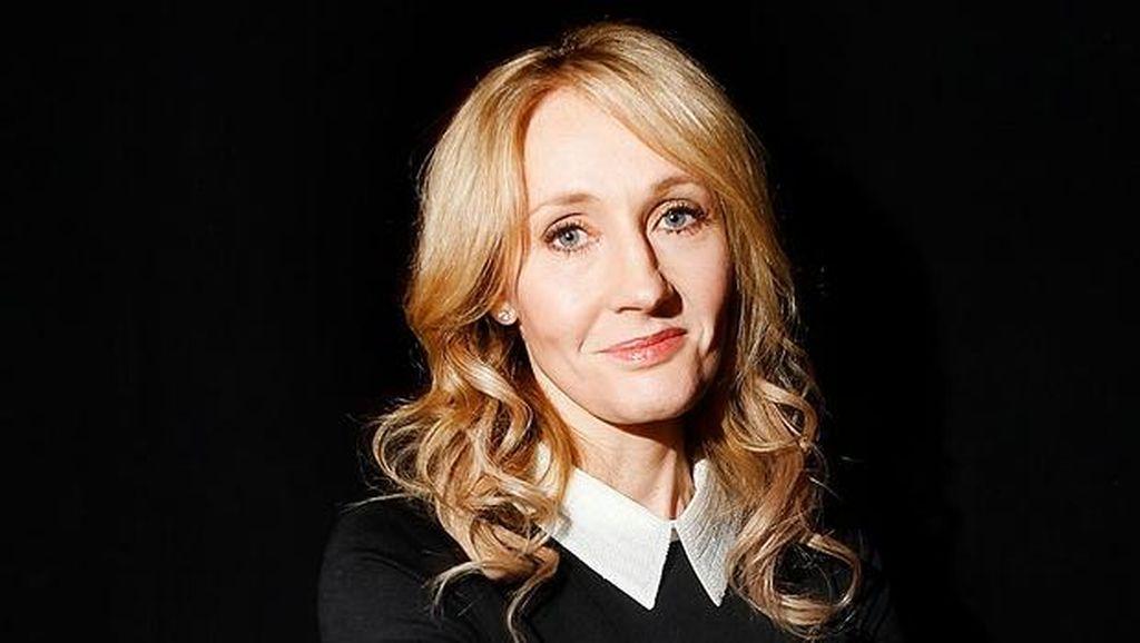 J.K Rowling Gugat Mantan Asisten Pribadi Senilai Rp 461 Juta, Ada Apa?