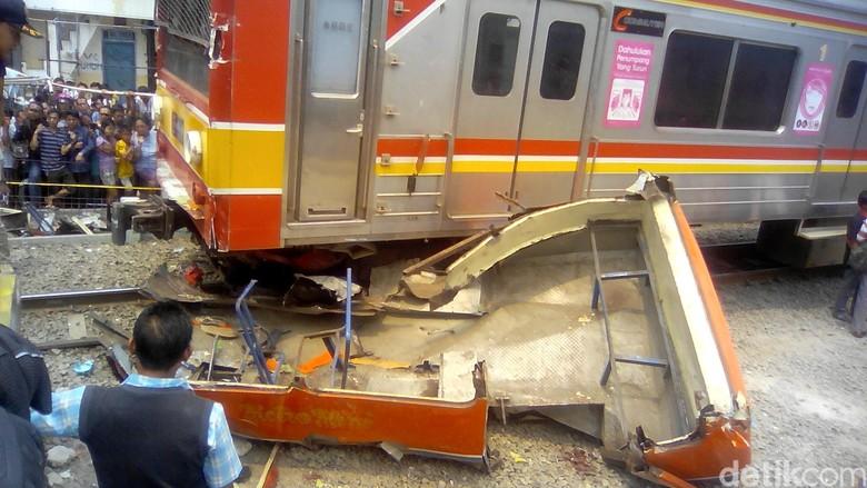 Korban Tewas Kecelakaan Metromini Vs KCL Jadi 14 Orang