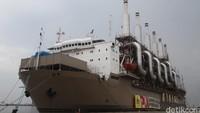 Peran Kapal Pembangkit dan Strategi PLN Pulihkan Pasokan Listrik NTT