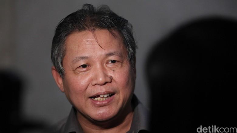Hormati Aturan, Politikus PDIP Hendrawan Bakal Terima Pin Emas DPR