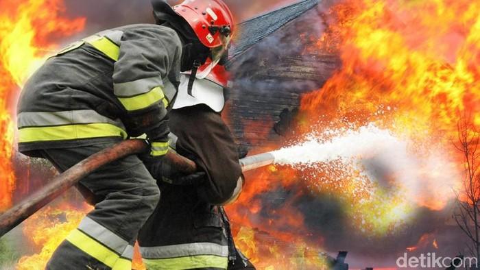 Ilustrasi Kebakaran Rumah (Edi Wahyono/detikcom)