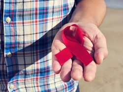 4 Kabar Soal Penularan HIV-AIDS Ini Hoax Belaka
