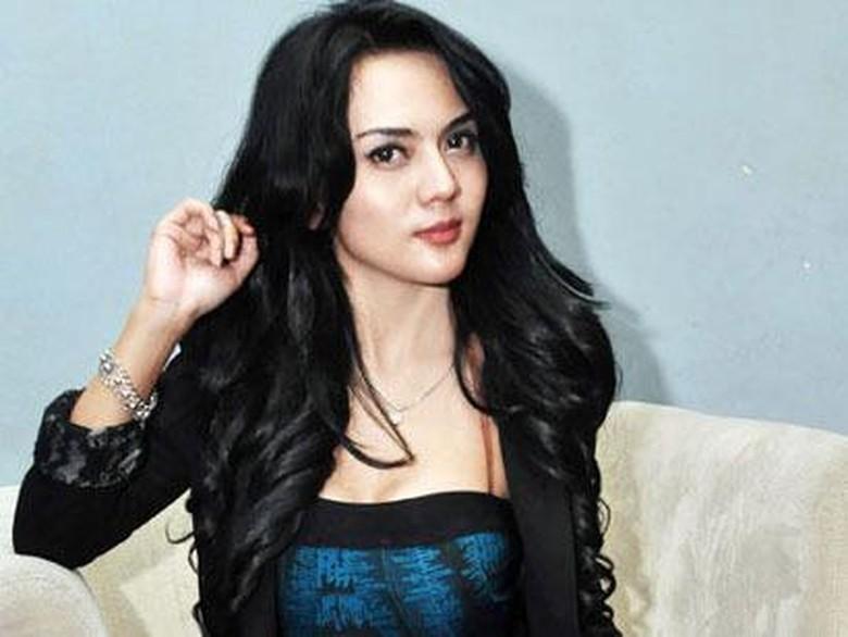 Anggita Sari Sooperboy Ditangkap Polis...
