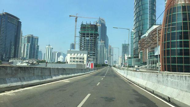 Ilustrasi jalanan lengang di Jakarta