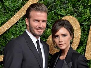 Bisnis Fashion Merugi, Victoria Beckham Dapat Pinjaman Rp 425 M dari Suami