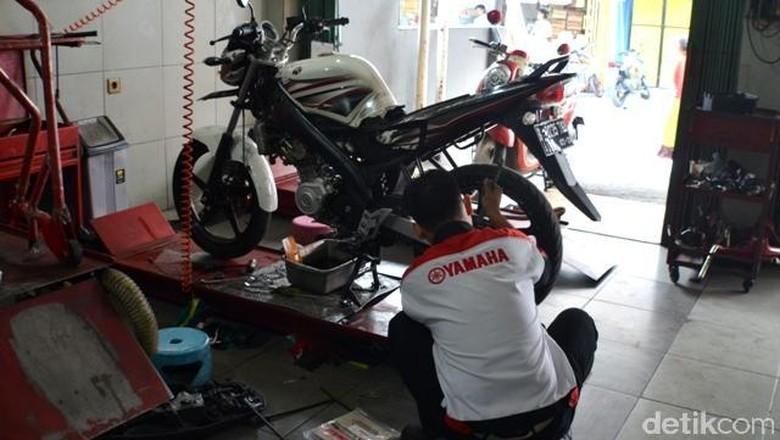 Bengkel Yamaha Foto: Aris Ginanjar