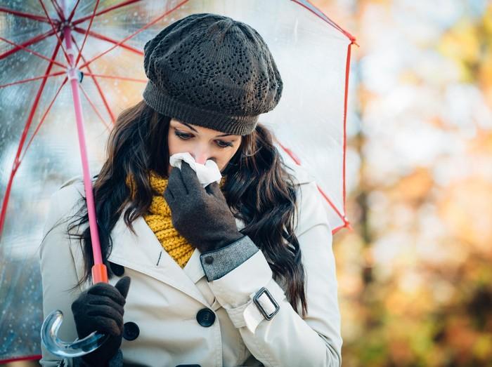 ilustrasi alergi dingin
