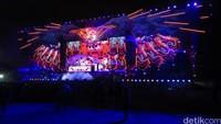 Dari tiga panggung, panggung Garudha Land terlihat sangat megah.